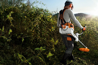 2011: STIHL brush cutter with M-Tronic technology